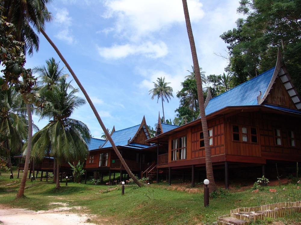 코 탈루 아일랜드 리조트(Koh Talu Island Resort) Hotel Image 24 - Terrace/Patio