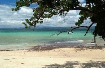 코 탈루 아일랜드 리조트(Koh Talu Island Resort) Hotel Image 55 - Beach