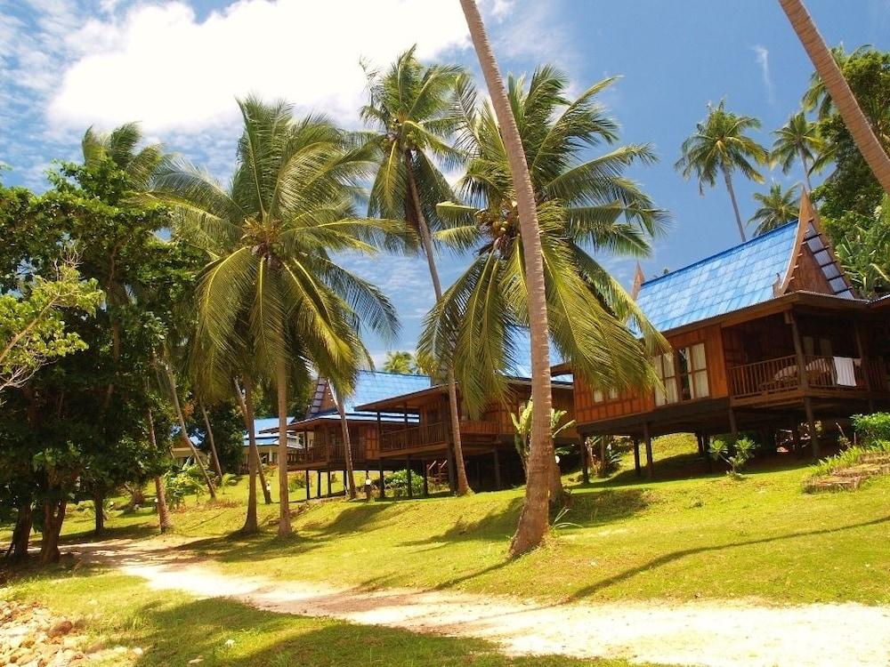 코 탈루 아일랜드 리조트(Koh Talu Island Resort) Hotel Image 54 - Property Grounds