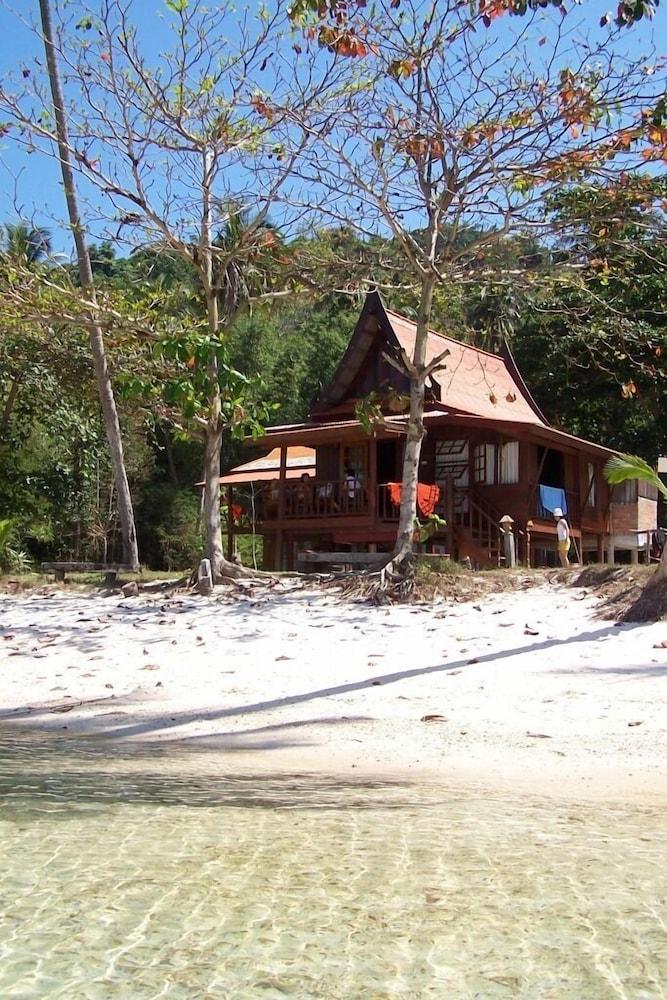 코 탈루 아일랜드 리조트(Koh Talu Island Resort) Hotel Image 65 - Beach