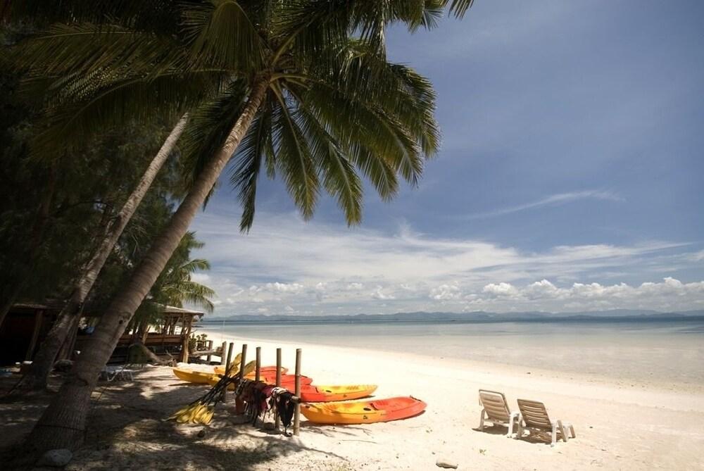 코 탈루 아일랜드 리조트(Koh Talu Island Resort) Hotel Image 61 - Beach