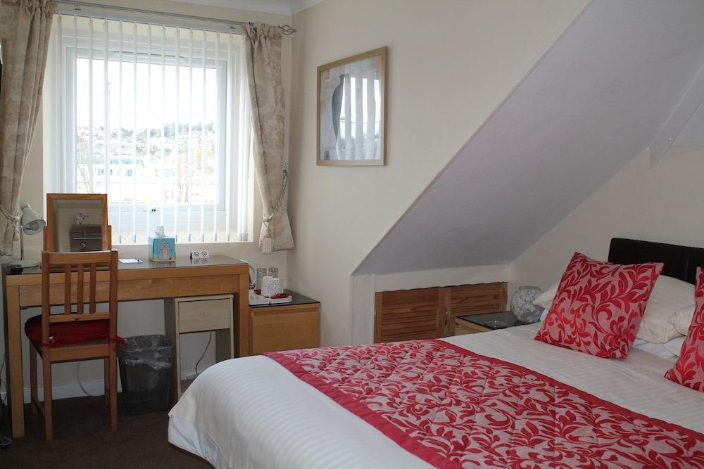 디 애슐레이 게스트하우스(The Ashleigh Guesthouse) Hotel Image 23 - Guestroom