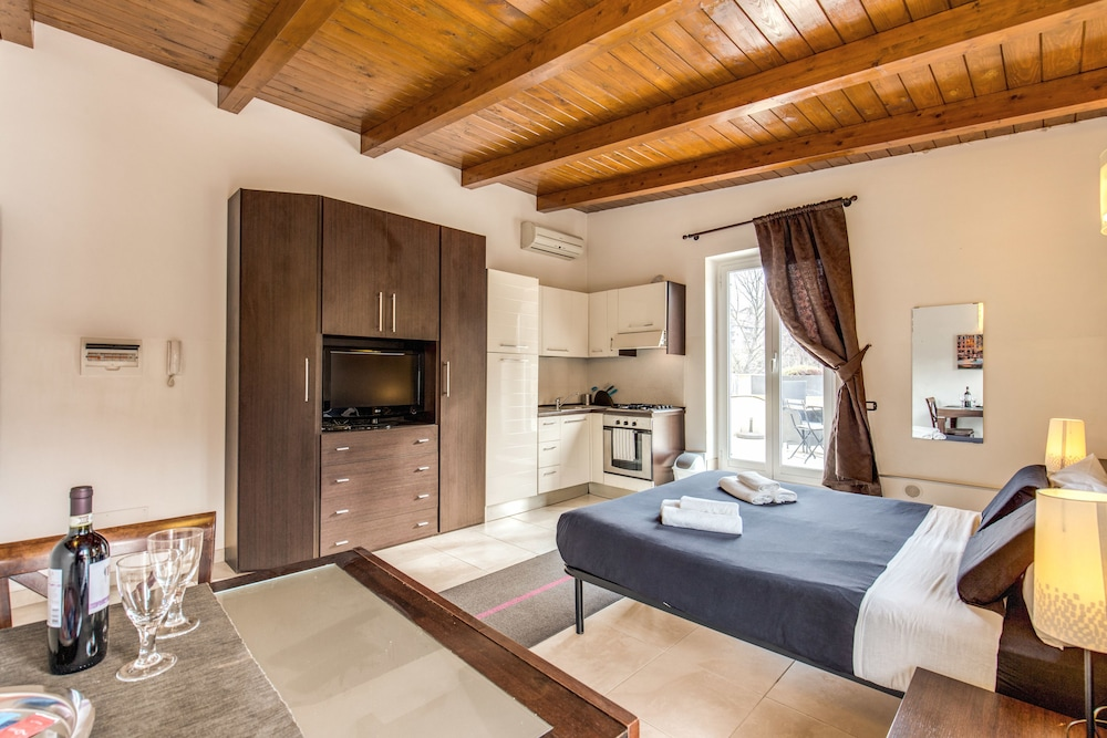 아우렐리아 바티칸 아파트먼츠(Aurelia Vatican Apartments) Hotel Image 13 - Guestroom