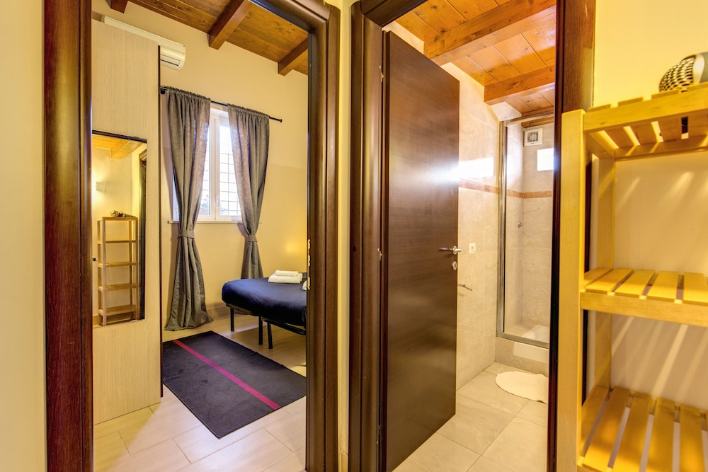아우렐리아 바티칸 아파트먼츠(Aurelia Vatican Apartments) Hotel Image 6 - Guestroom