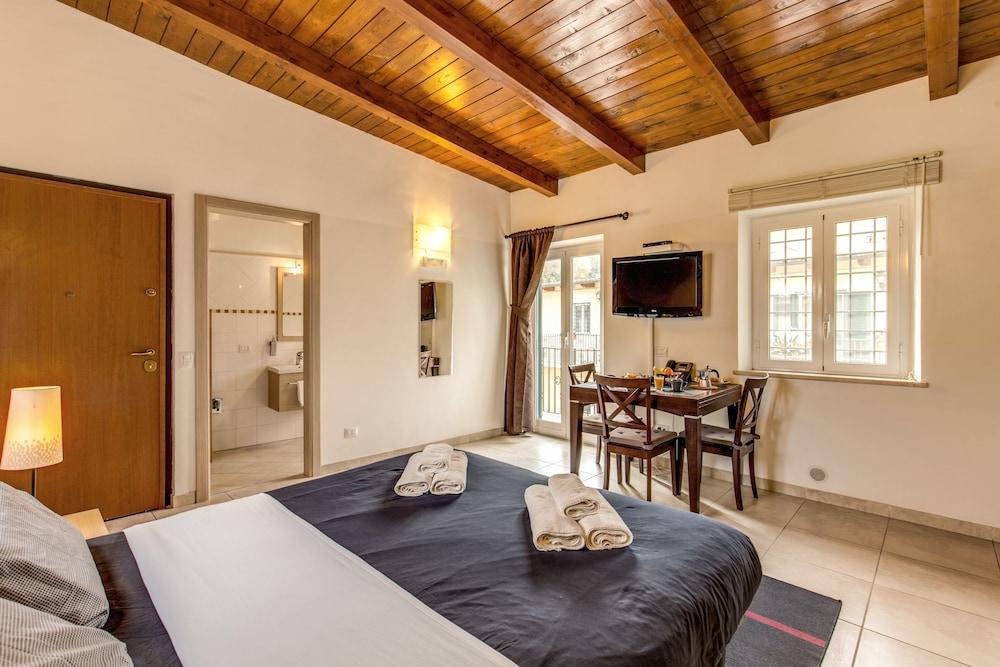 아우렐리아 바티칸 아파트먼츠(Aurelia Vatican Apartments) Hotel Image 8 - Guestroom