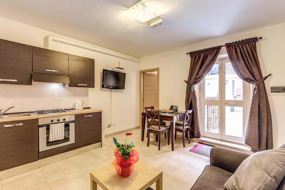 아우렐리아 바티칸 아파트먼츠(Aurelia Vatican Apartments) Hotel Image 36 - In-Room Kitchen