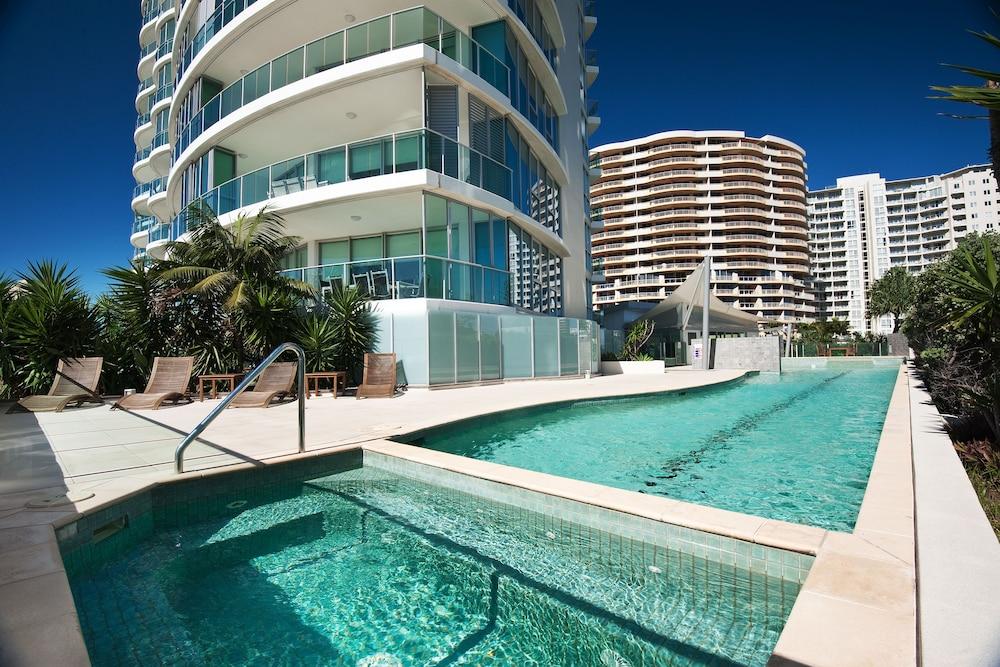 리플렉션 온 더 시(Reflection on the Sea) Hotel Image 37 - Outdoor Pool