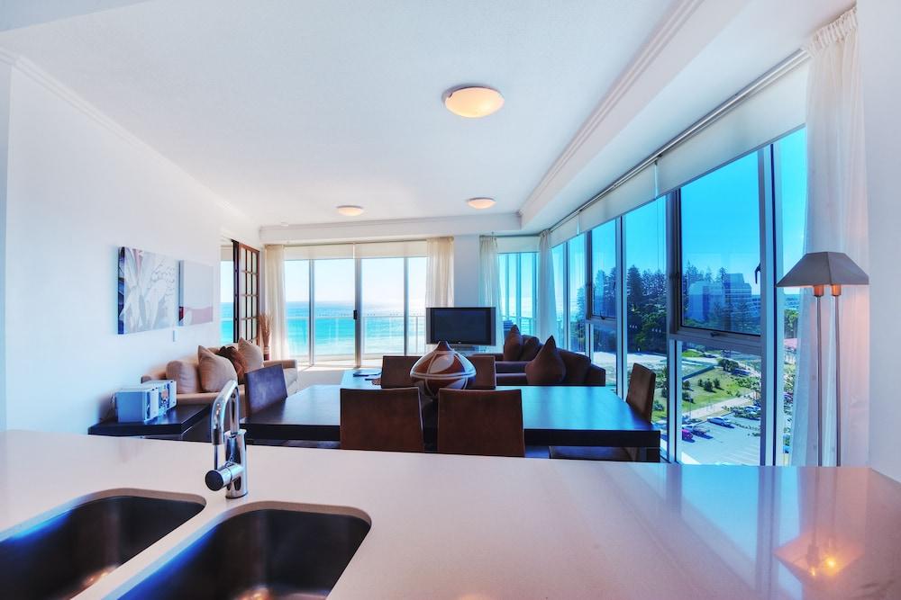 리플렉션 온 더 시(Reflection on the Sea) Hotel Image 15 - In-Room Kitchen