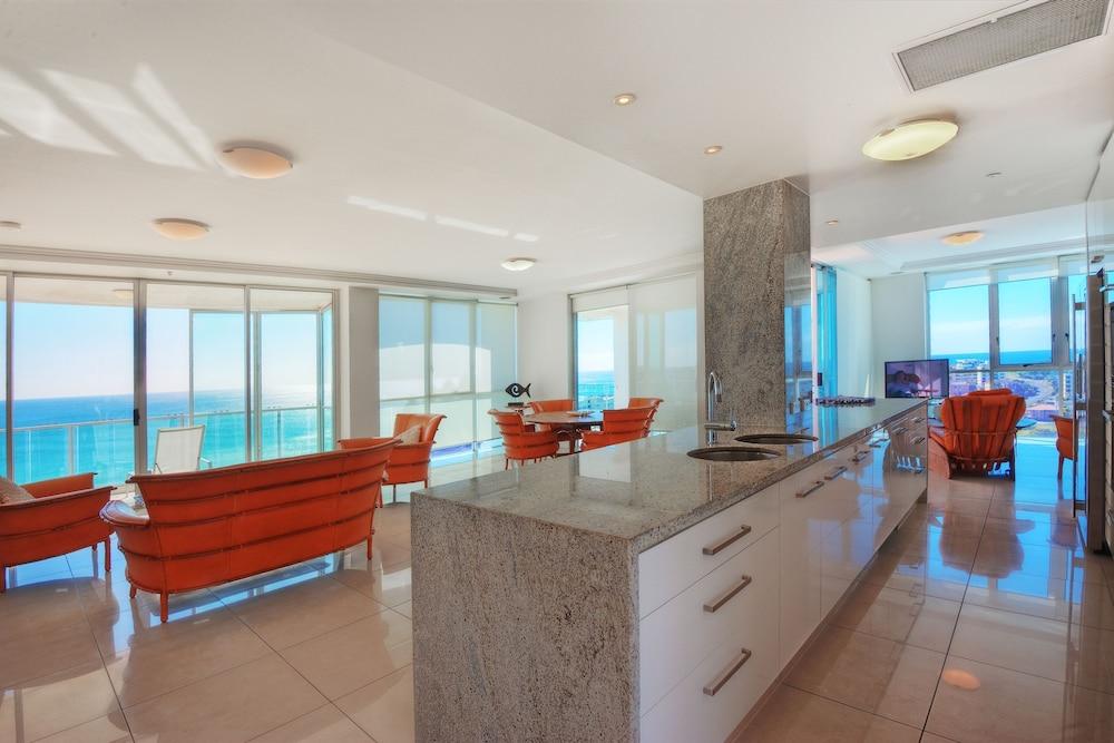 리플렉션 온 더 시(Reflection on the Sea) Hotel Image 50 - Beach/Ocean View