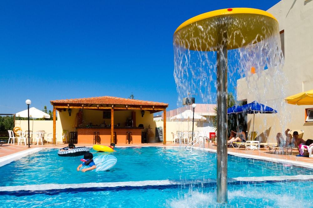 아이디얼 호텔(Ideal Hotel) Hotel Image 9 - Childrens Pool