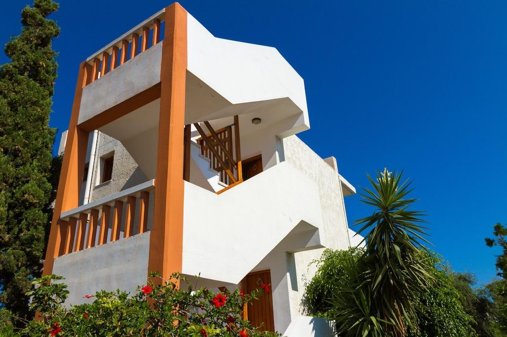 아이디얼 호텔(Ideal Hotel) Hotel Image 17 - Exterior