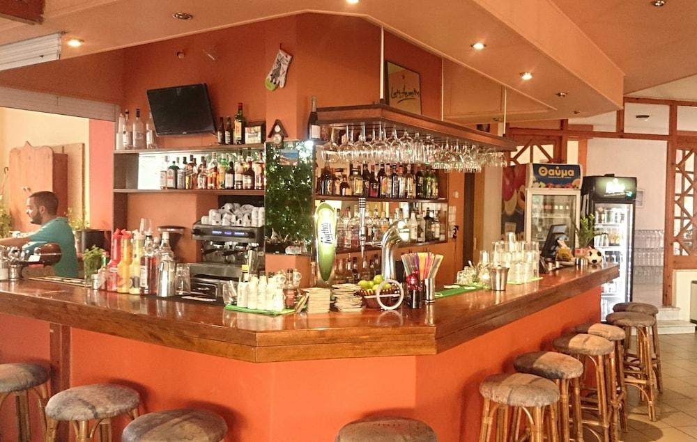 아이디얼 호텔(Ideal Hotel) Hotel Image 11 - Hotel Bar