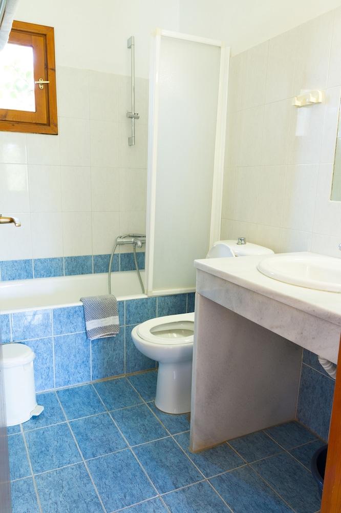 아이디얼 호텔(Ideal Hotel) Hotel Image 6 - Bathroom