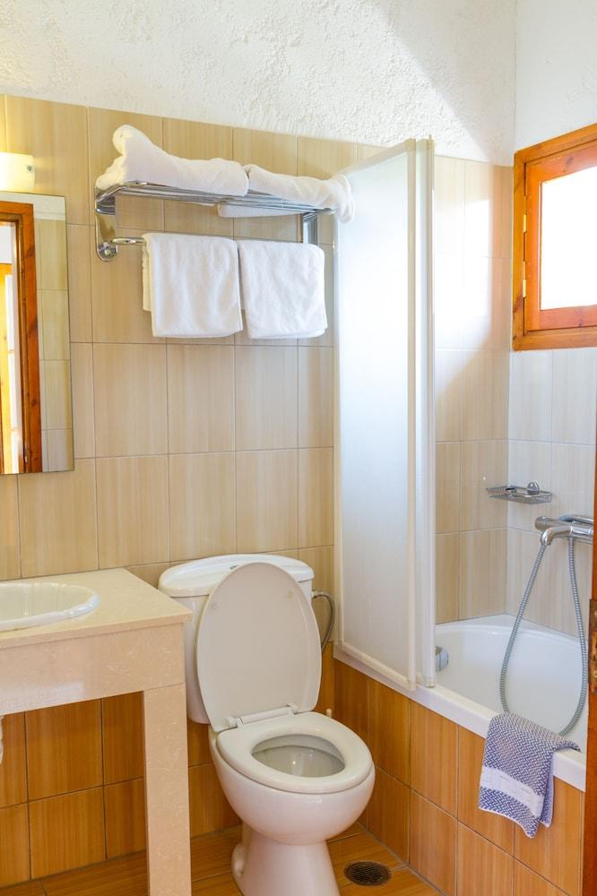 아이디얼 호텔(Ideal Hotel) Hotel Image 7 - Bathroom