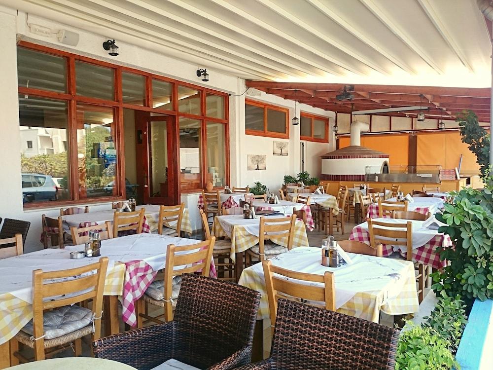 아이디얼 호텔(Ideal Hotel) Hotel Image 20 - Food Court