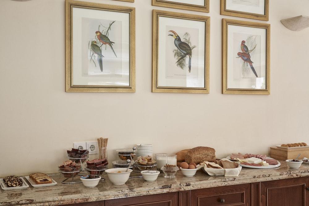 더 캡틴스 하우스 부티크 호텔(The Captain's House Boutique Hotel) Hotel Image 20 - Breakfast buffet
