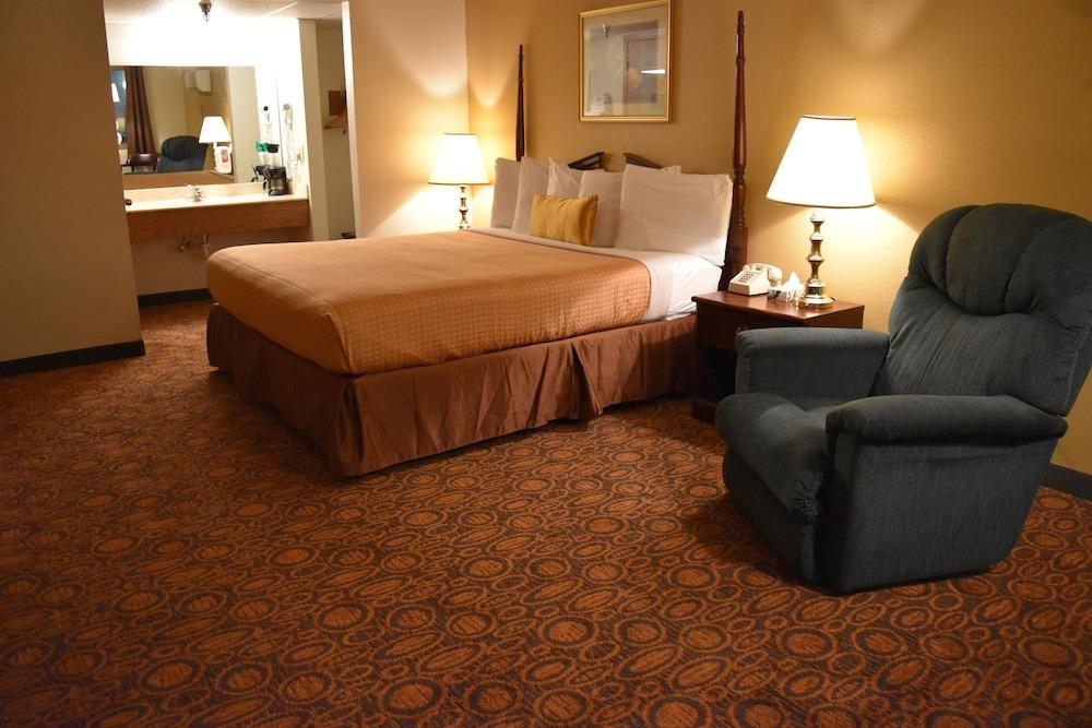 서던 오크스 인(Southern Oaks Inn) Hotel Image 9 - Guestroom