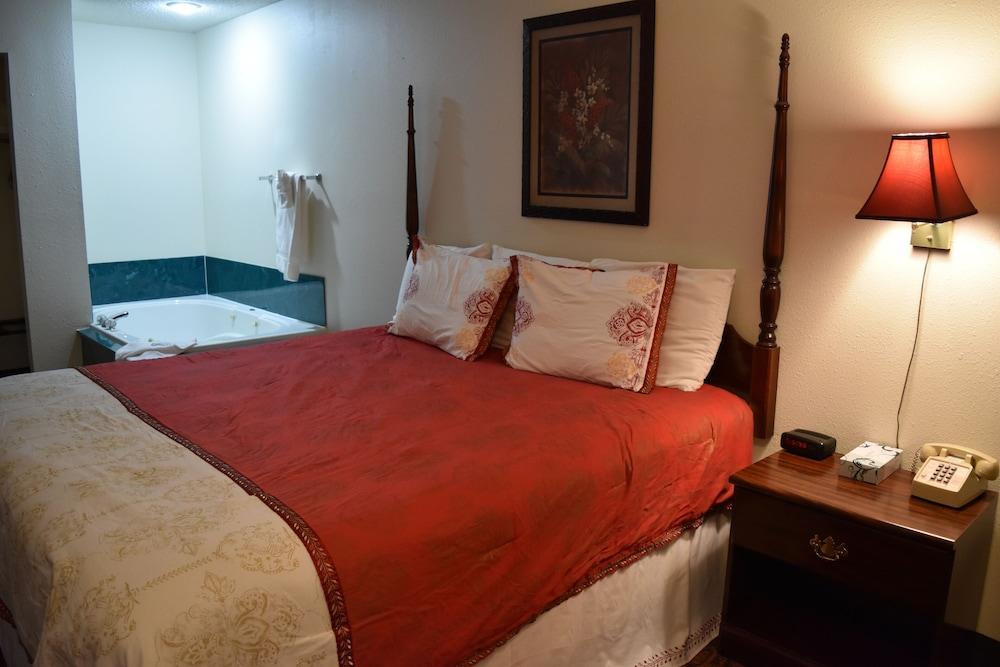 서던 오크스 인(Southern Oaks Inn) Hotel Image 10 - Guestroom