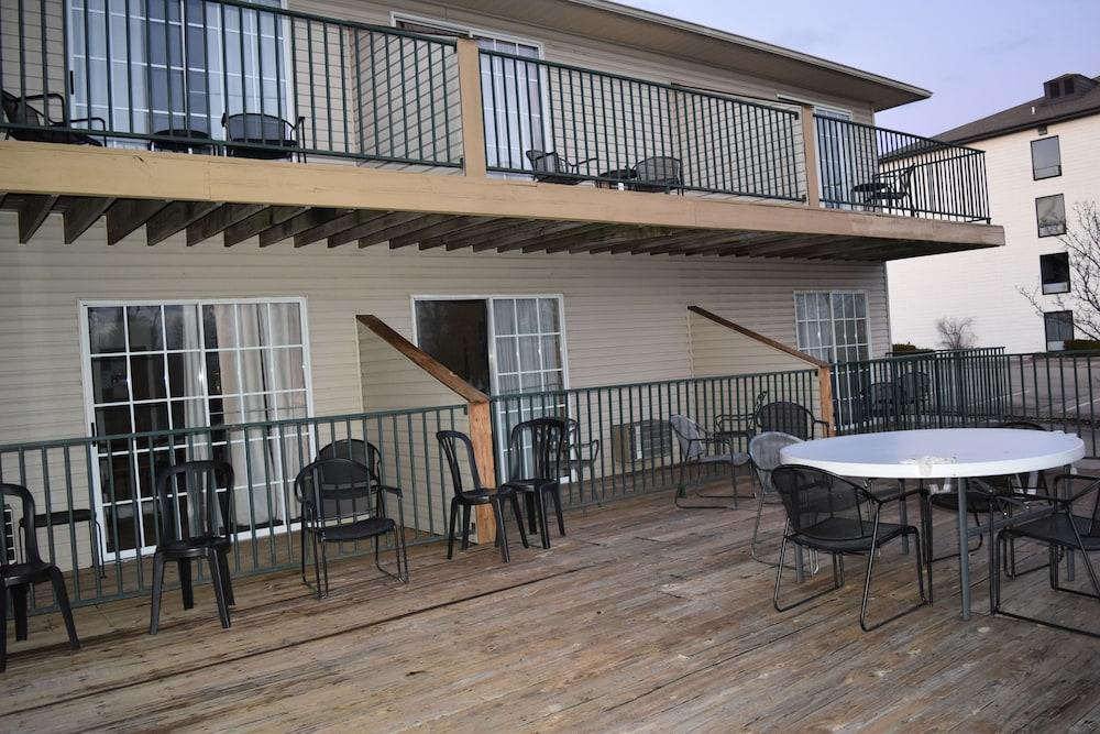 서던 오크스 인(Southern Oaks Inn) Hotel Image 19 - Exterior