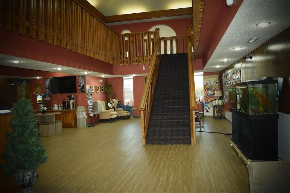 서던 오크스 인(Southern Oaks Inn) Hotel Image 1 - Lobby