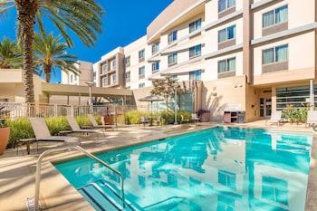 聖安娜奧蘭治萬怡飯店 Courtyard by Marriott Santa Ana Orange County