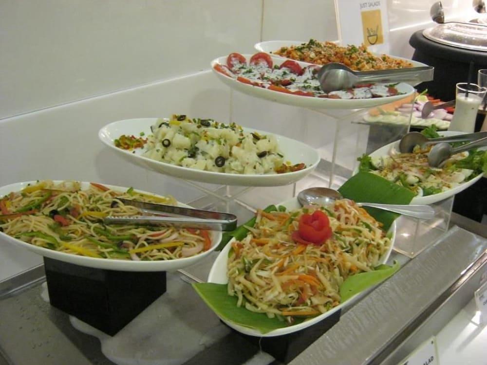 키스 셀렉트 호텔 카티 마, 첸나이(Keys Select Hotel Katti Ma, Chennai) Hotel Image 12 - Restaurant