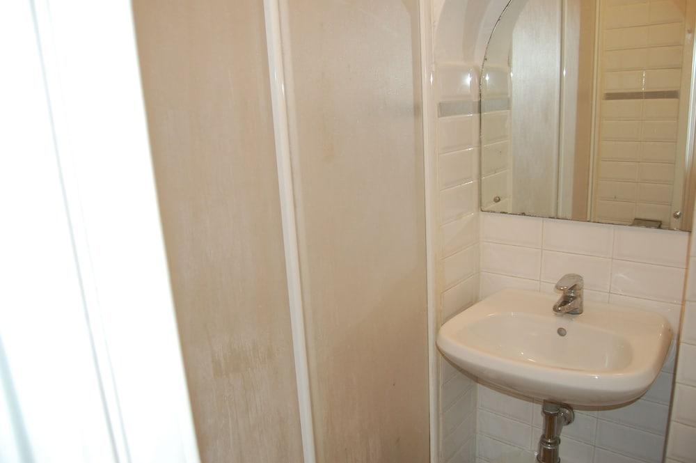 두오모 뷰 B&B(Duomo View B&B) Hotel Image 13 - Bathroom