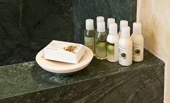 스피릿 오브 더 나이츠 부티크(Spirit Of The Knights Boutique) Hotel Image 22 - Bathroom Amenities