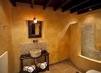 스피릿 오브 더 나이츠 부티크(Spirit Of The Knights Boutique) Hotel Image 18 - Bathroom