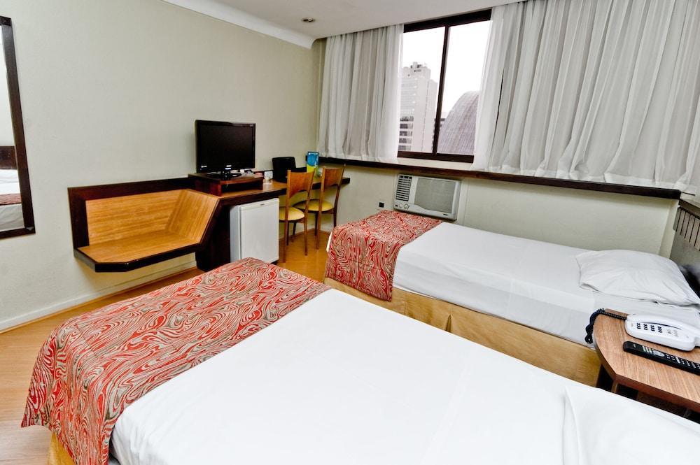 단 인 쿠리티바(Dan Inn Curitiba) Hotel Image 31 - Guestroom View