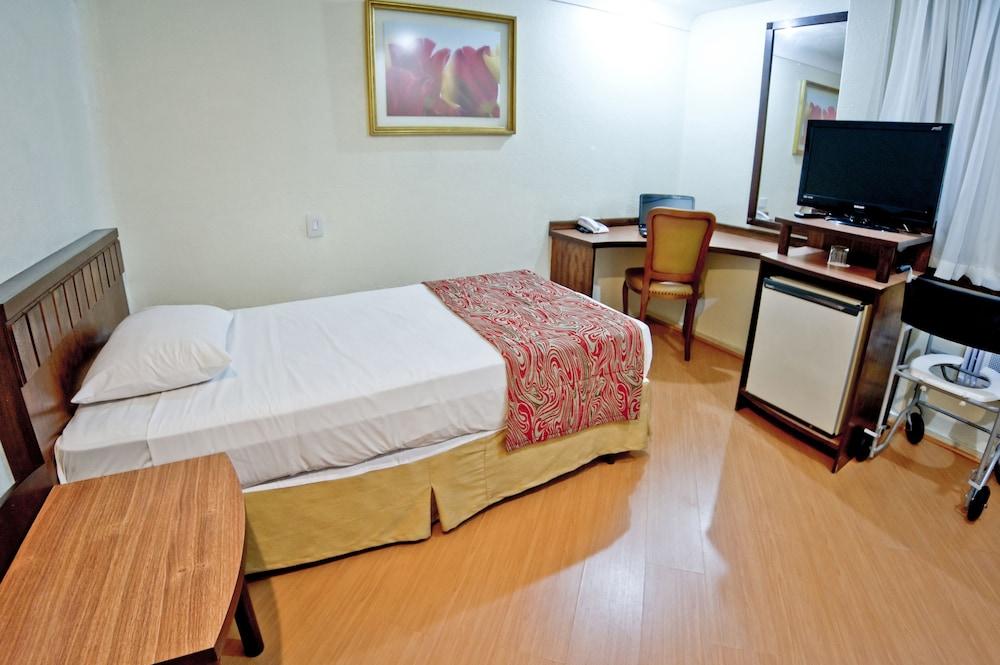 단 인 쿠리티바(Dan Inn Curitiba) Hotel Image 33 - Guestroom View