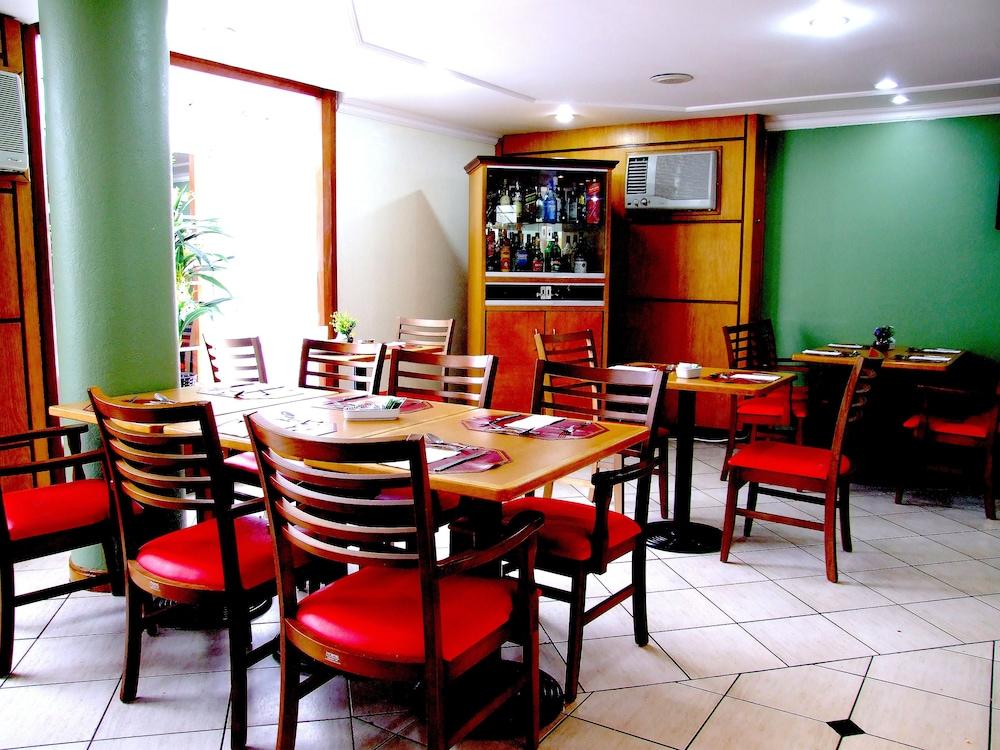 단 인 쿠리티바(Dan Inn Curitiba) Hotel Image 49 - Hotel Lounge