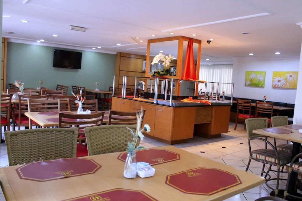 단 인 쿠리티바(Dan Inn Curitiba) Hotel Image 46 - Restaurant