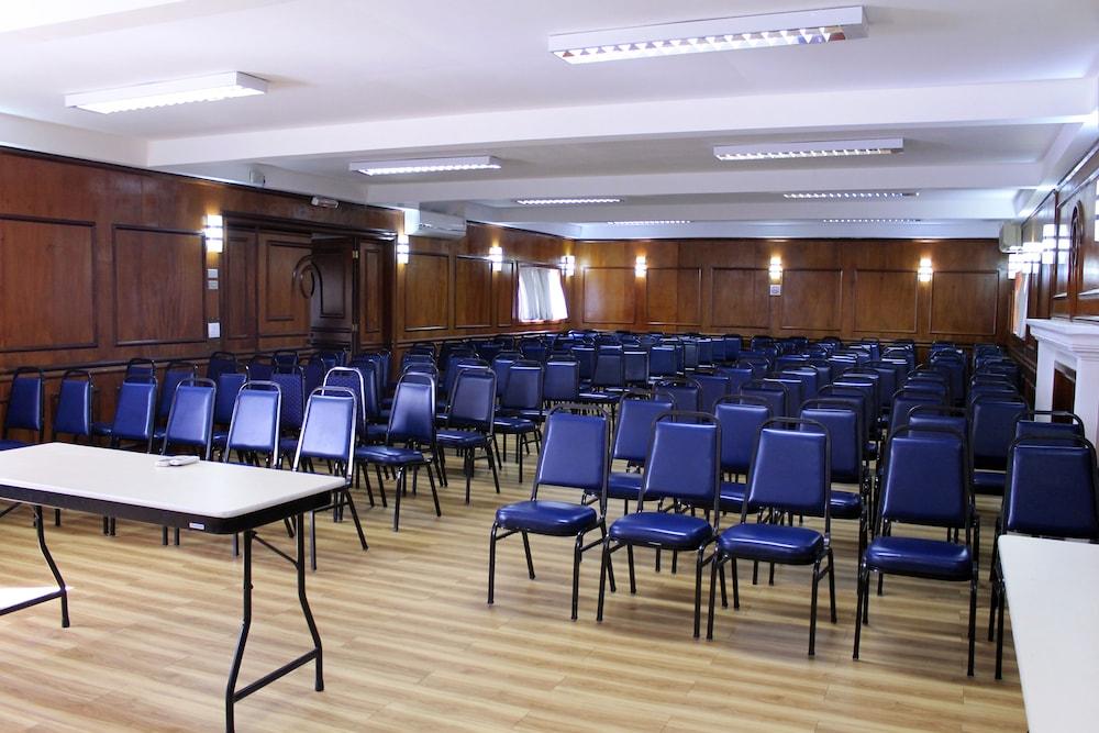 단 인 쿠리티바(Dan Inn Curitiba) Hotel Image 51 - Meeting Facility