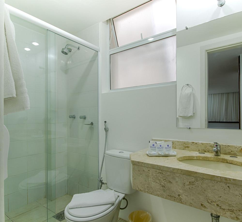 단 인 쿠리티바(Dan Inn Curitiba) Hotel Image 37 - Bathroom