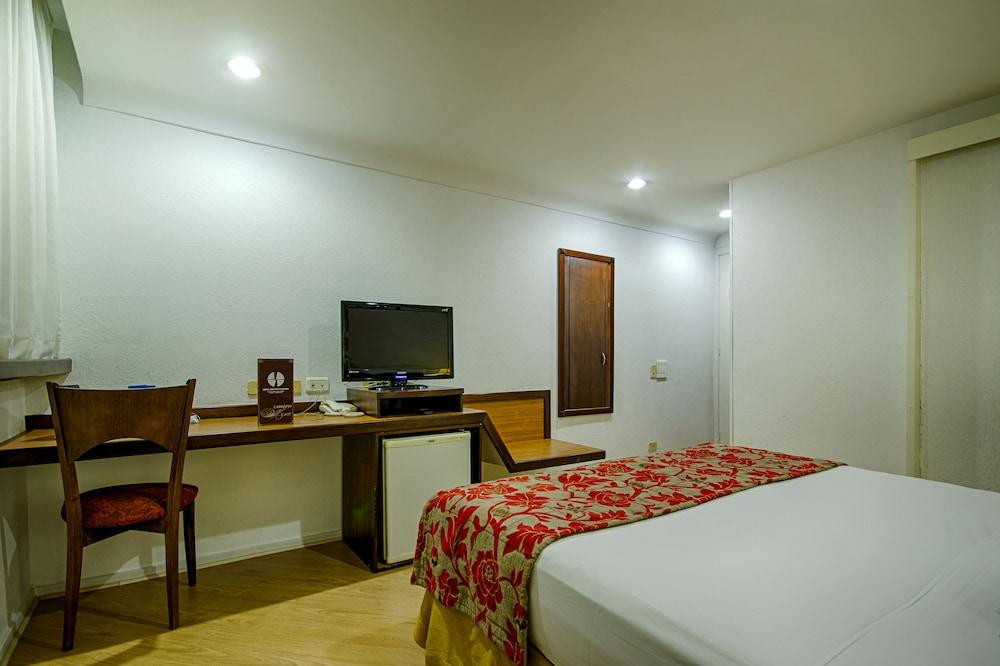 단 인 쿠리티바(Dan Inn Curitiba) Hotel Image 38 - Bathroom Amenities