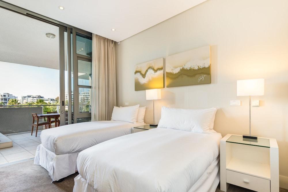 로힐 럭셔리 아파트먼트(Lawhill Luxury Apartments) Hotel Image 4 - Guestroom