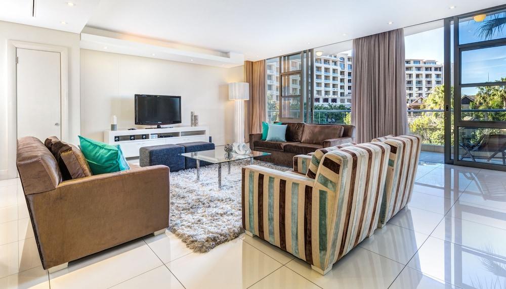 로힐 럭셔리 아파트먼트(Lawhill Luxury Apartments) Hotel Image 48 - Living Room