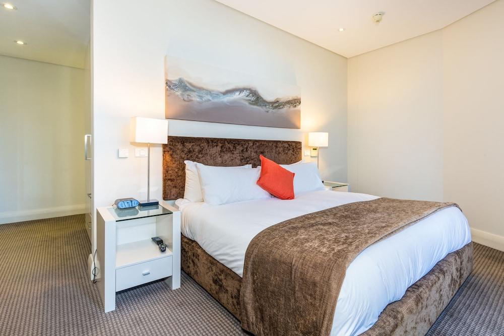 로힐 럭셔리 아파트먼트(Lawhill Luxury Apartments) Hotel Image 9 - Guestroom