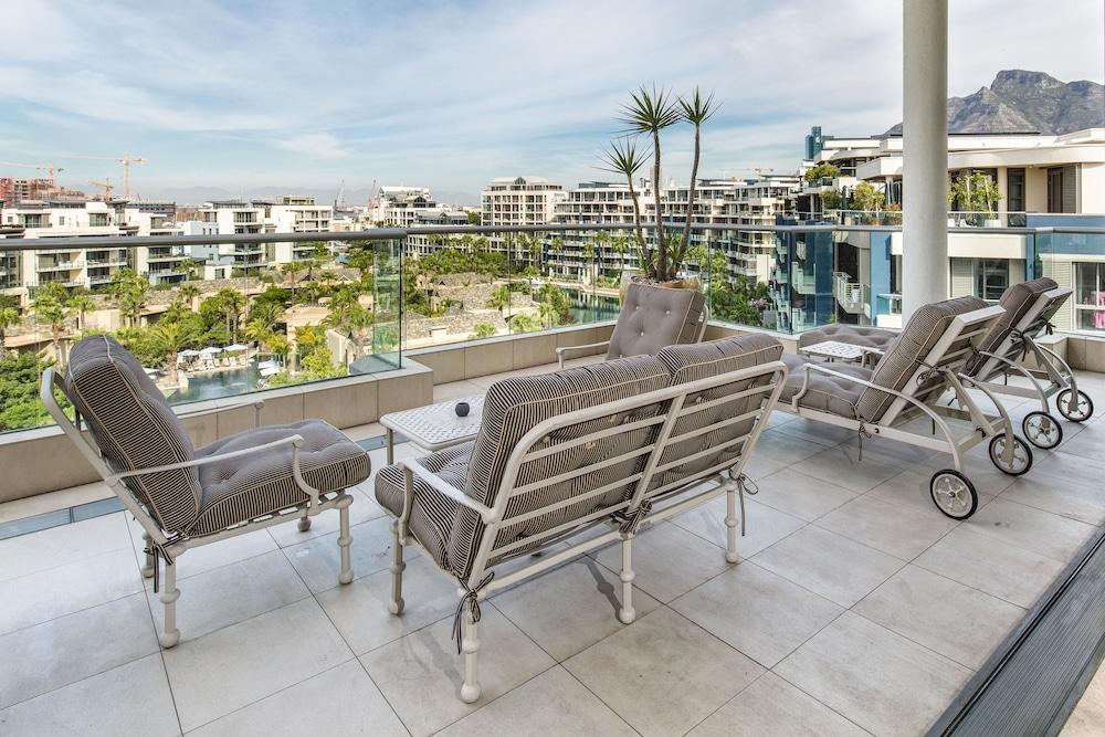 로힐 럭셔리 아파트먼트(Lawhill Luxury Apartments) Hotel Image 59 - Terrace/Patio