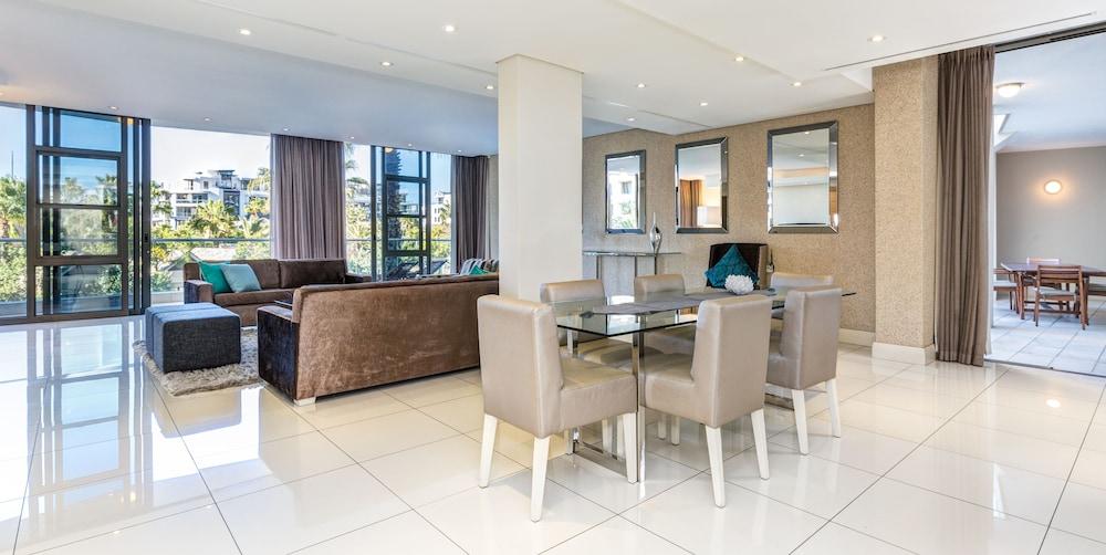 로힐 럭셔리 아파트먼트(Lawhill Luxury Apartments) Hotel Image 40 - Living Area