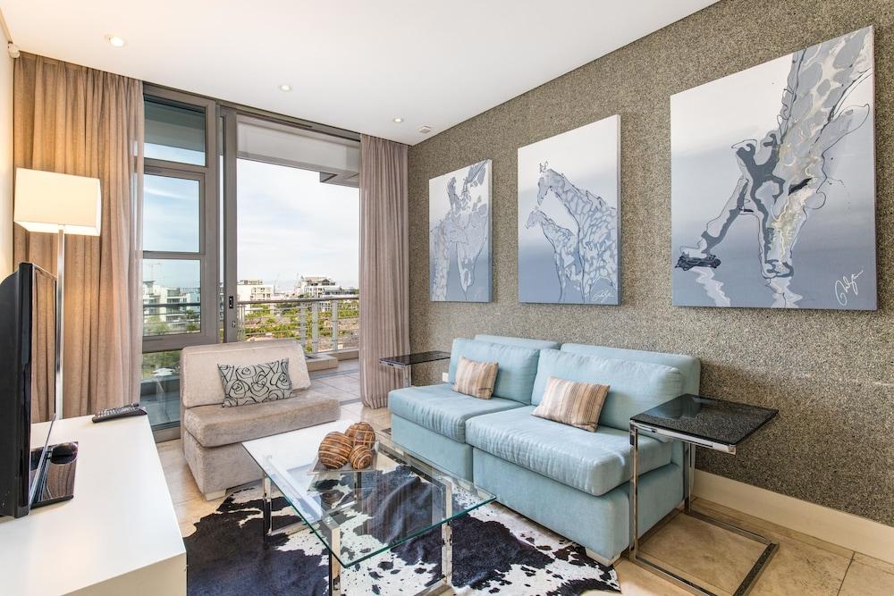 로힐 럭셔리 아파트먼트(Lawhill Luxury Apartments) Hotel Image 41 - Living Area