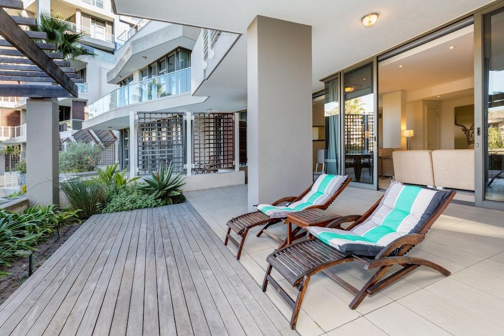 로힐 럭셔리 아파트먼트(Lawhill Luxury Apartments) Hotel Image 62 - Terrace/Patio
