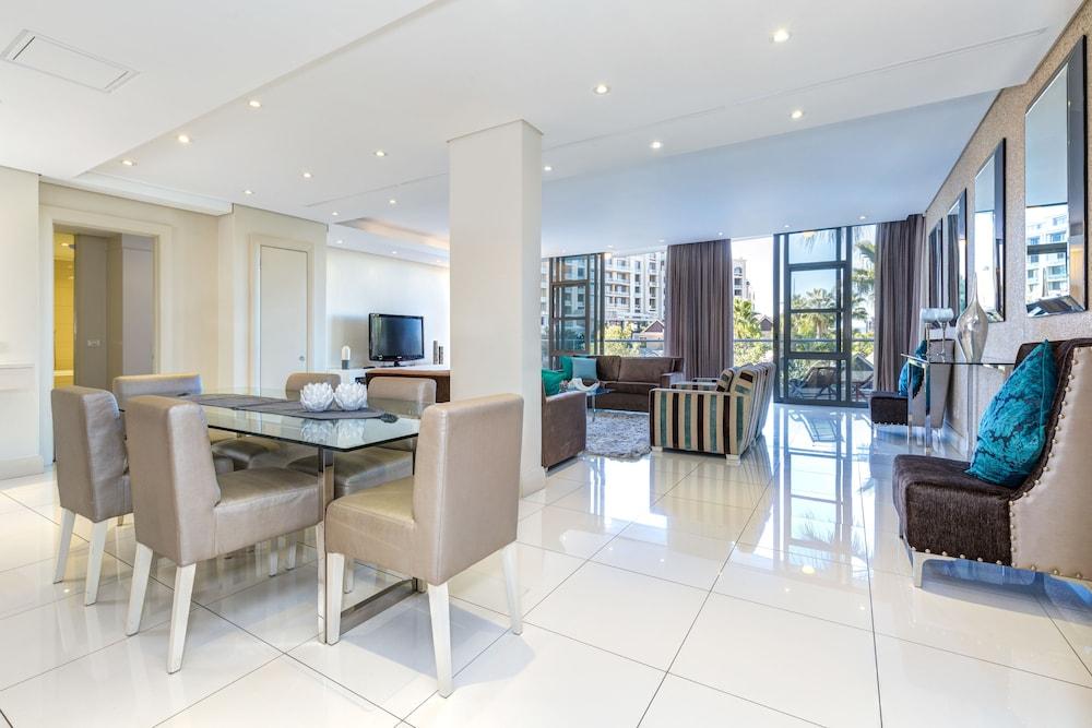 로힐 럭셔리 아파트먼트(Lawhill Luxury Apartments) Hotel Image 21 - In-Room Dining