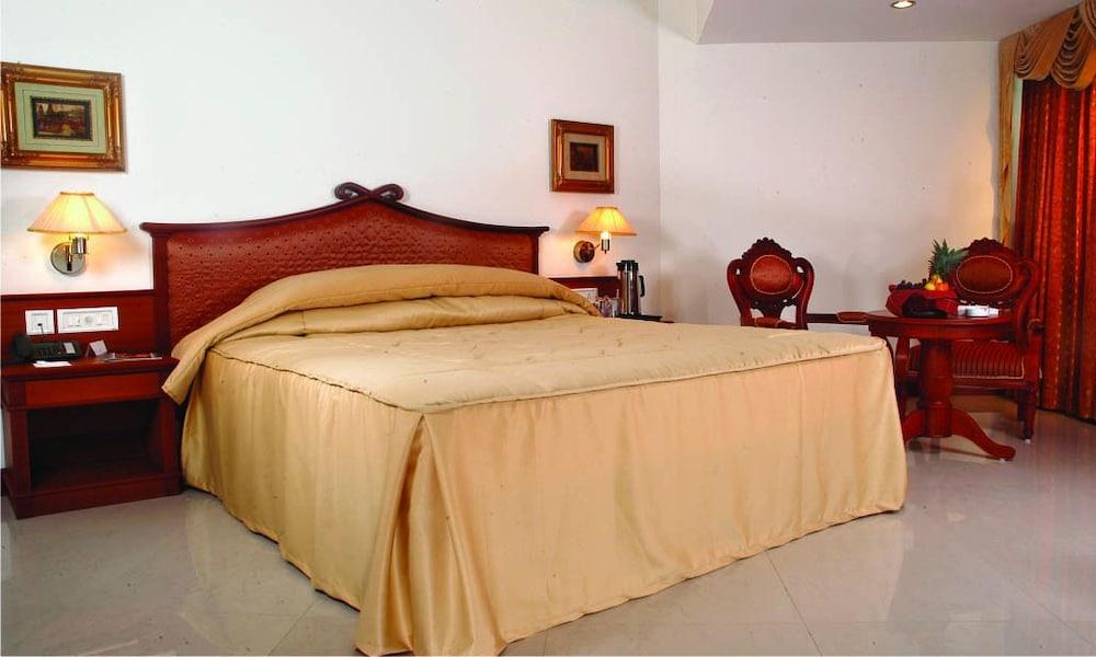 마우리아 라지다니(Maurya Rajadhani) Hotel Image 2 - Guestroom