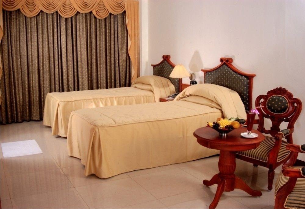 마우리아 라지다니(Maurya Rajadhani) Hotel Image 4 - Guestroom