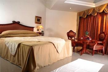 마우리아 라지다니(Maurya Rajadhani) Hotel Image 5 - Guestroom