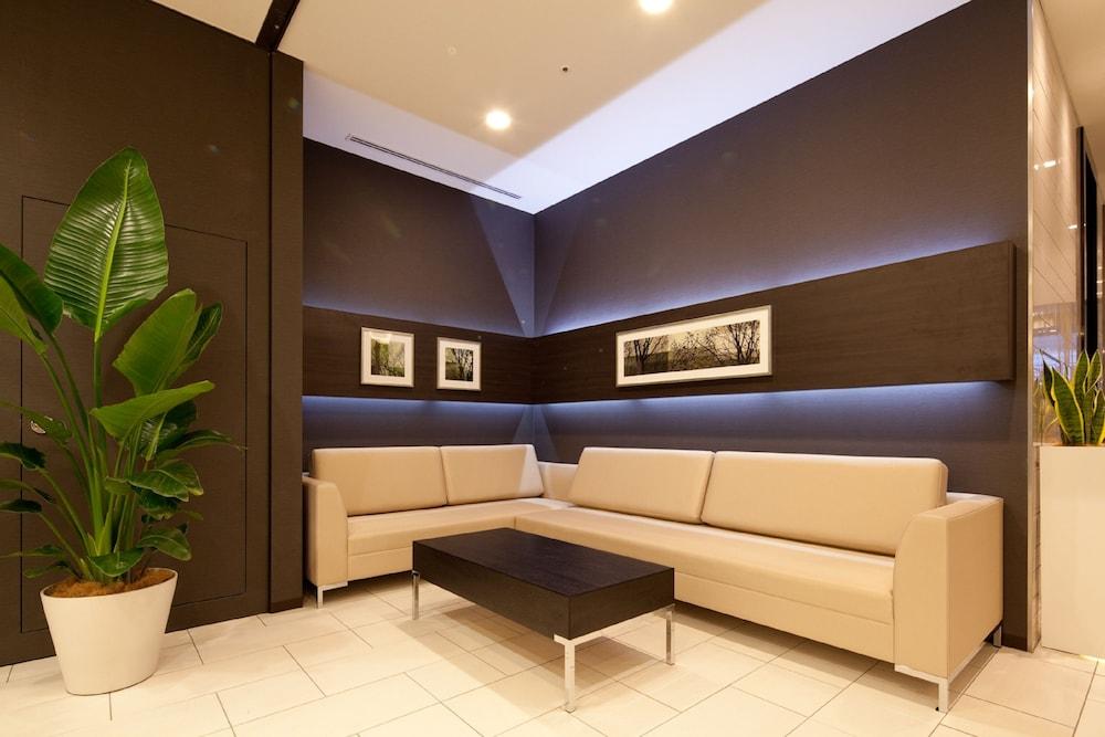 다이와 로이넷 호텔 도쿄 아카바네(Daiwa Roynet Hotel Tokyo Akabane) Hotel Image 1 - Lobby