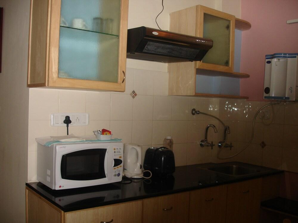 컴팩트 파나슈(Compact Panache) Hotel Image 5 - In-Room Kitchenette