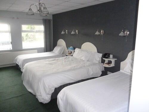 5 Corners Guest Inn, Antrim and Newtownabbey